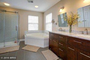 bath2 9653 HAWKSHEAD DR, LORTON, VA