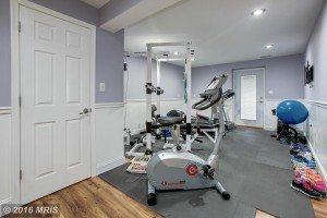 gym 9653 HAWKSHEAD DR, LORTON, VA