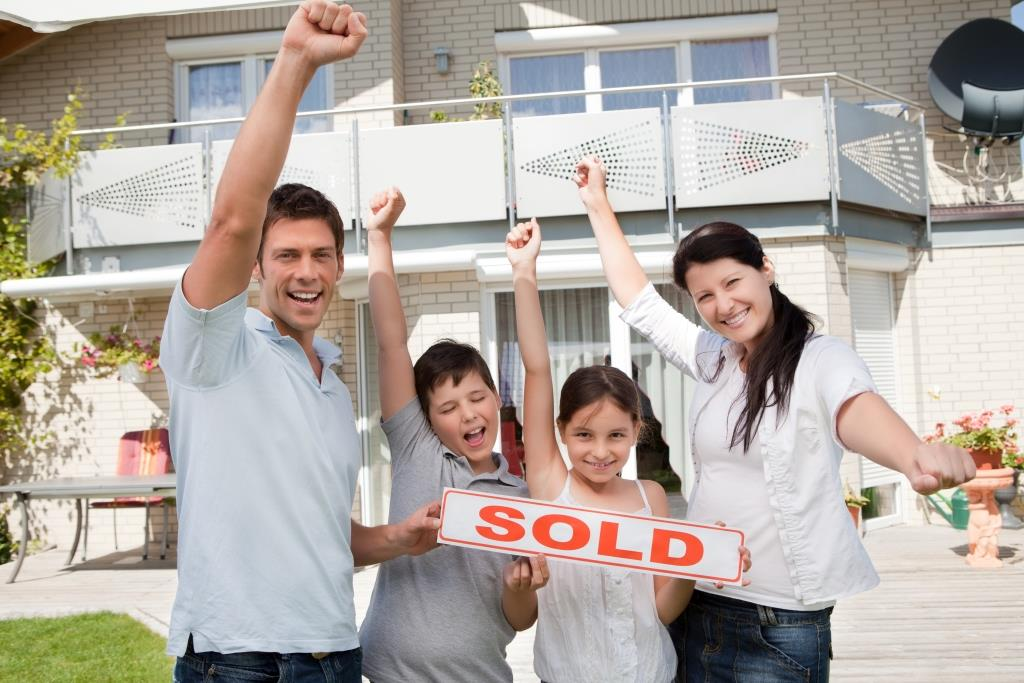 Take These Home Selling Tips to Heart: How to Sell a Home Quickly in This Market
